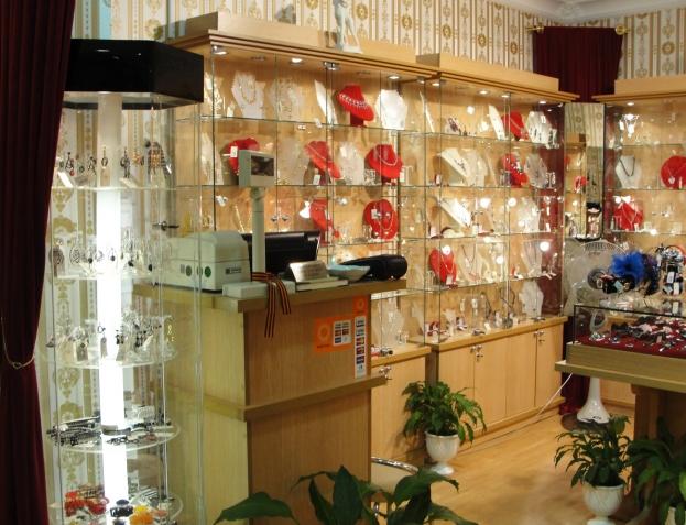торговое оборудование для магазинов бижутерии